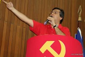 """Flávio Dino """"atacou"""" Luis Fernando"""