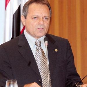 Hélio Soares quer ser candidato ao Senado pelo grupo