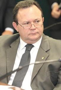 Brandão é o principal interlocutor de Dino no PSDB