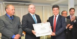Deoclides Macedo é diplomado suplente de deputado federal