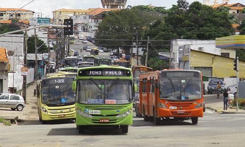 Resultado de imagem para ônibus em São Luís