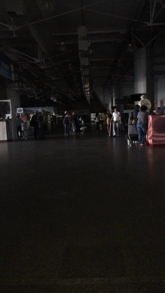aeroporto-sem-energia